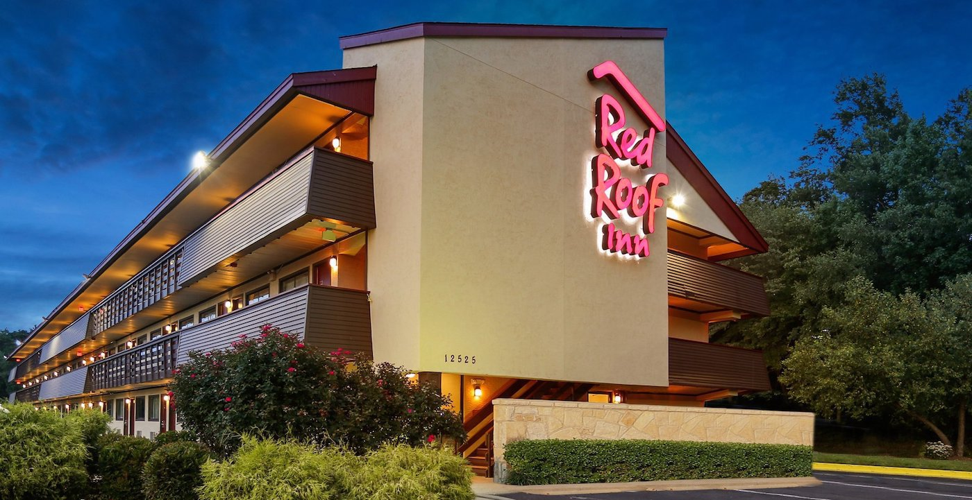 Red Roof Inn Washington DC - Laurel features coffee/tea in a common area, RV/bus/truck parking, and an elevator (lift). Public areas are equipped with complimentary wireless Internet access. Onsite self parking is complimentary.