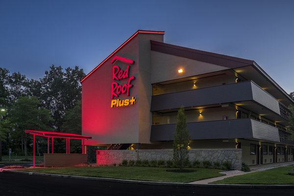 Wonderful Red Roof Inn Corporate Office