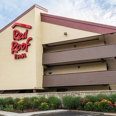 Book Red Roof Inn Milford - New Haven, Milford on TripAdvisor: See traveller reviews, 87 candid photos, and great deals for Red Roof Inn Milford - New Haven, ranked #5 of 13 hotels in Milford and rated 4 of 5 at TripAdvisor.4/4().