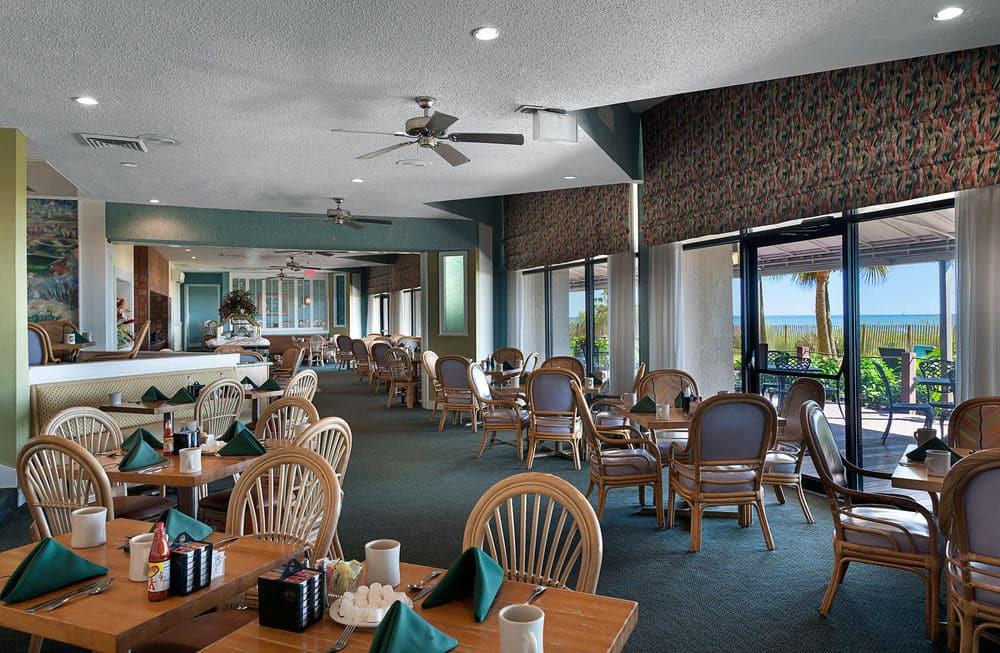 Housekeeper Room Attendant At Ocean Reef Resort