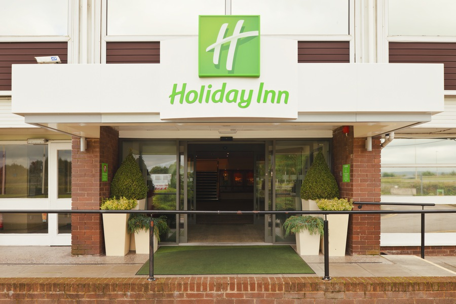Holiday inn chester south chester united kingdom jobs for L salon west chester ohio
