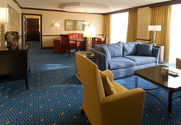 Renaissance Mobile Riverview Plaza Hotel Mobile AL Jobs  : 82851l from www.hospitalityonline.com size 610 x 423 jpeg 54kB