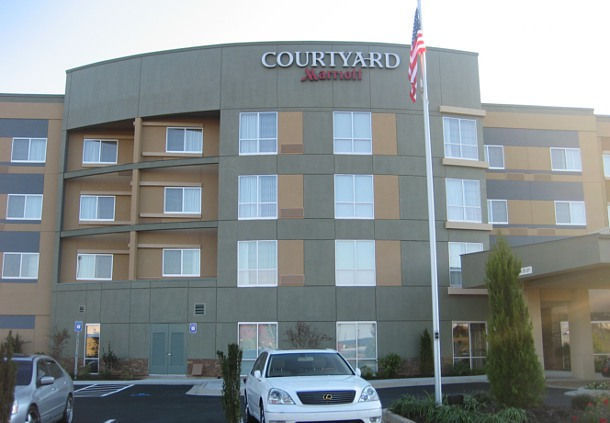 Courtyard by marriott atlanta mcdonough mcdonough ga for Hotels close to atlanta motor speedway