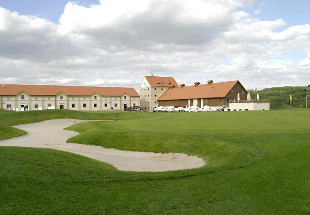 Courtyard Pilsen Plzen Czech Republic Jobs Hospitality  : 153660l from www.hospitalityonline.com size 610 x 423 jpeg 41kB