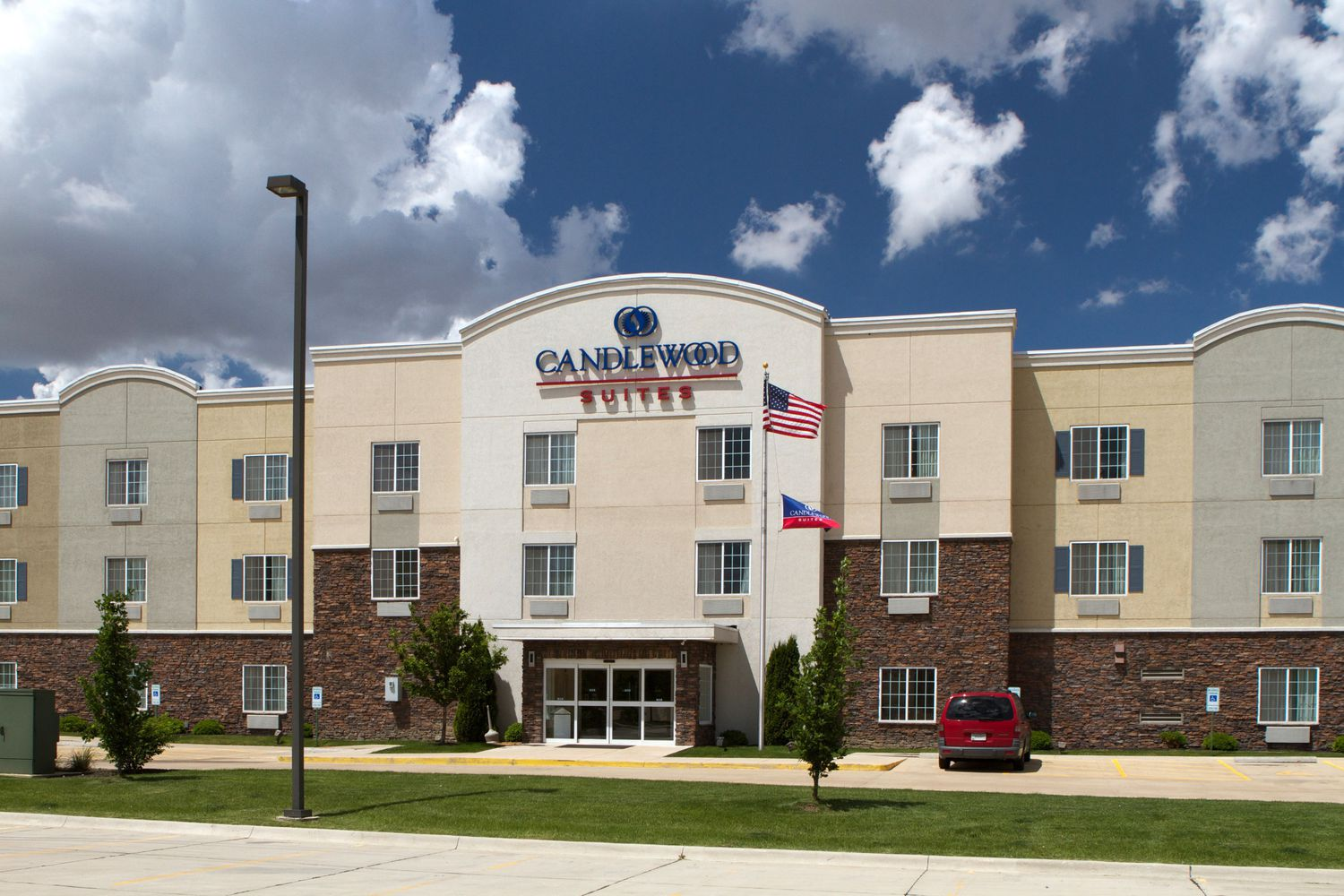 candlewood suites cape girardeau cape girardeau mo jobs. Black Bedroom Furniture Sets. Home Design Ideas