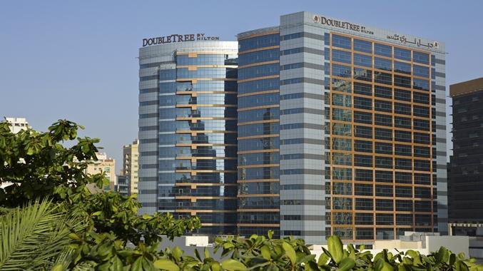 doubletree by hilton hotel residences dubai al barsha Дубай