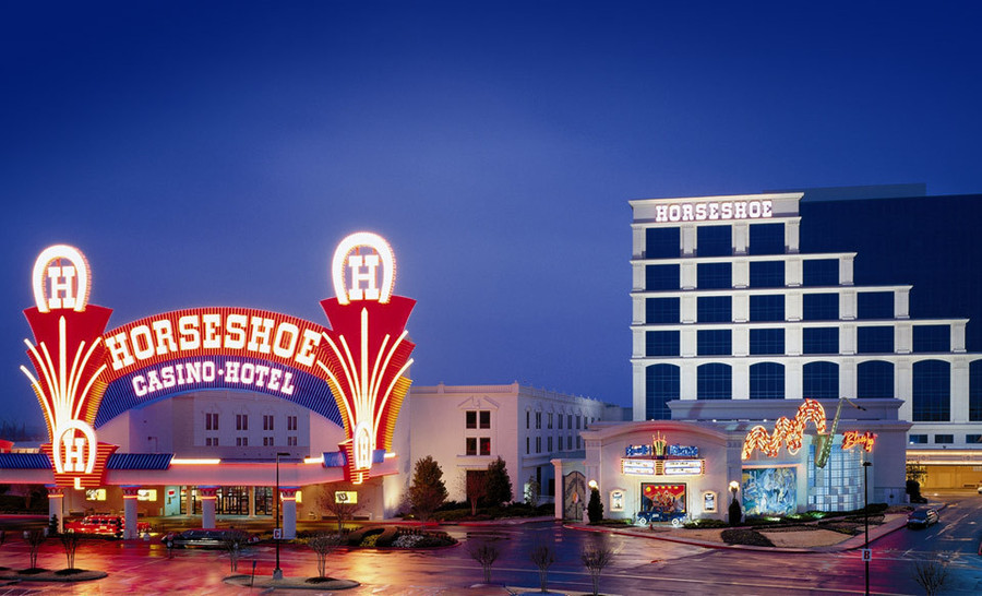 The Horseshoe Southern Indiana Hotel & Casino is a 4-Star hotel located about miles southeast of Horseshoe Casino and roughly a 3 minute hike by foot. Recent hotel guests gave this hotel an aggregate guest review score of 4/5.