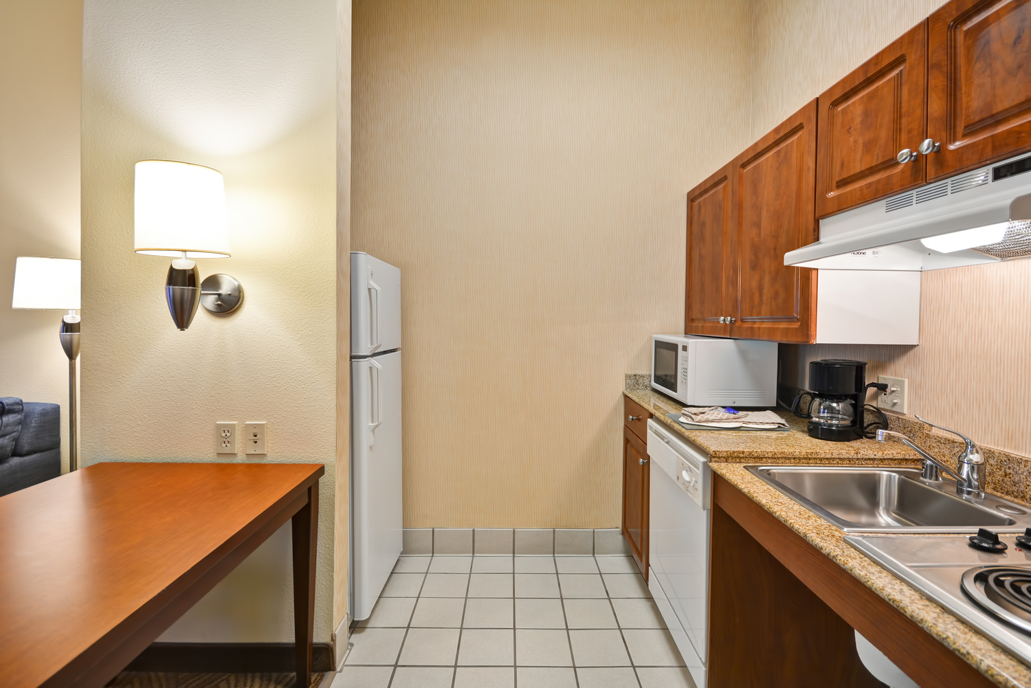 Homewood Suites At The Waterfront: Homewood Suites By Hilton Oakland-Waterfront, Oakland, CA