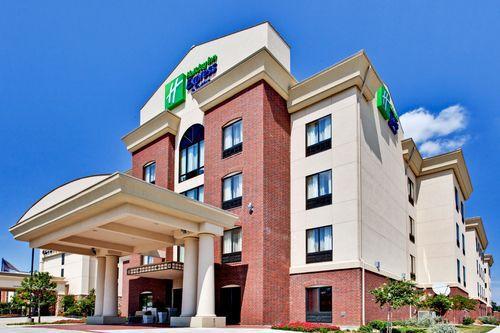 Holiday inn express dfw west hurst hurst tx jobs for Holiday inn near texas motor speedway