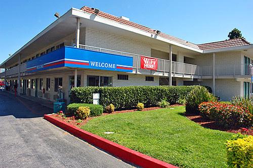 Motel  San Jose Fontaine Road