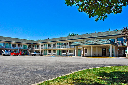 Jobs at motel 6 hammond chicago area hammond in for Motels in chicago
