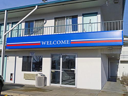 motel 6 green bay green bay wi jobs hospitality online. Black Bedroom Furniture Sets. Home Design Ideas