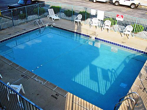 jobs at motel 6 green bay green bay wi hospitality online. Black Bedroom Furniture Sets. Home Design Ideas