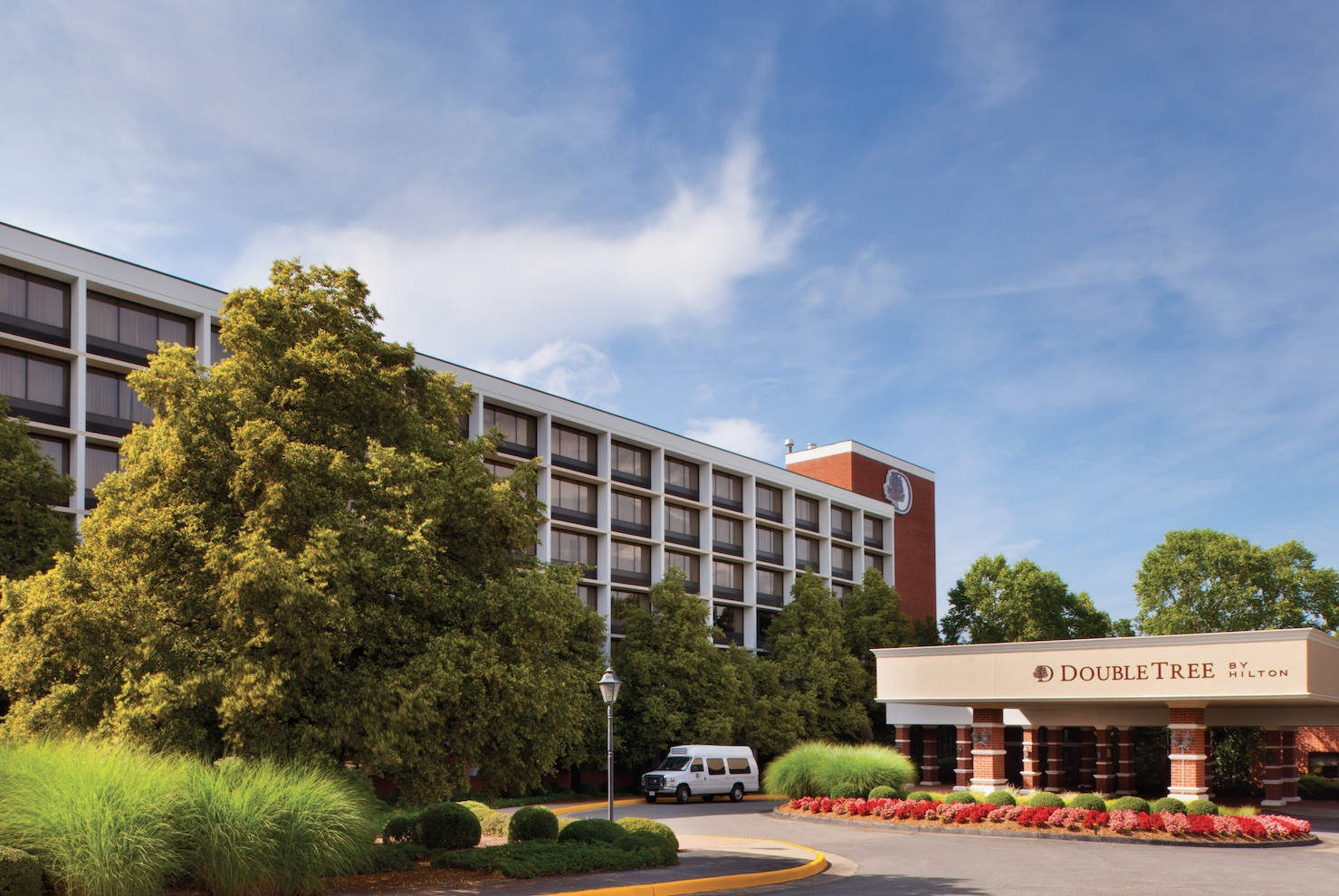 doubletree by hilton charlottesville charlottesville va. Black Bedroom Furniture Sets. Home Design Ideas