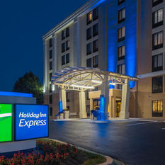 Holiday Inn Express Hunt Valley, Baltimore, MD Jobs | Hospitality Online