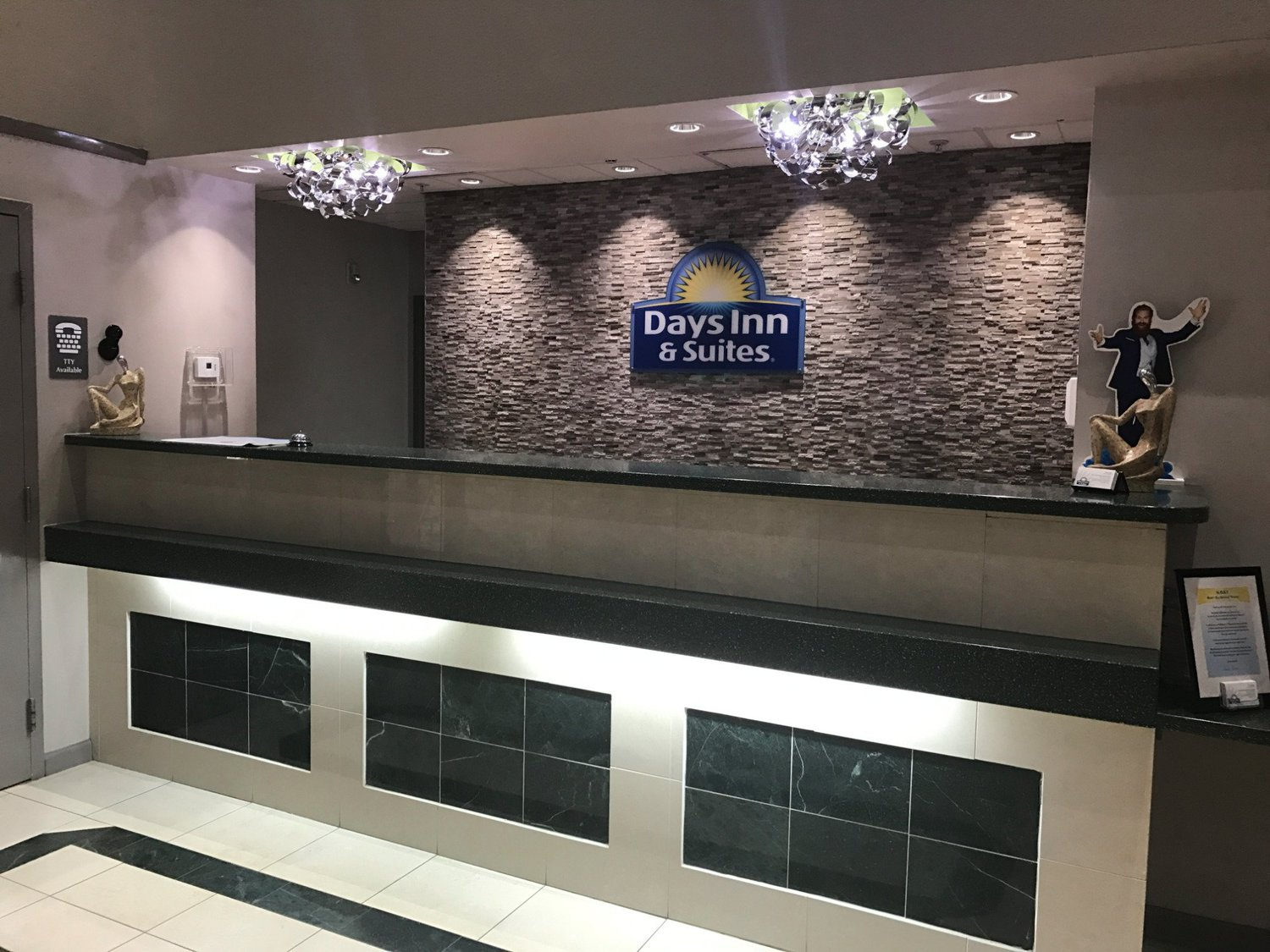 Days Inn Suites Fort Myers Near JetBlue Park FL
