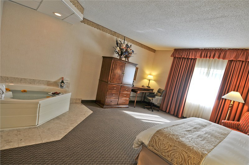 quail hollow resort painesville oh jobs hospitality online. Black Bedroom Furniture Sets. Home Design Ideas