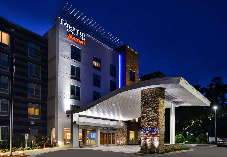 Fairfield inn suites orlando east ucf area orlando fl for Design hotels jobs