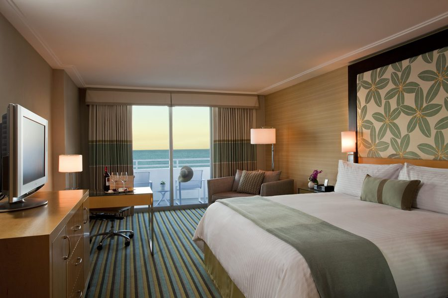 Deauville Miami Beach Fl