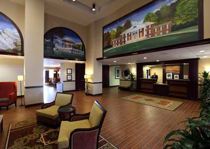 hampton inn suites charlottesville at the university. Black Bedroom Furniture Sets. Home Design Ideas