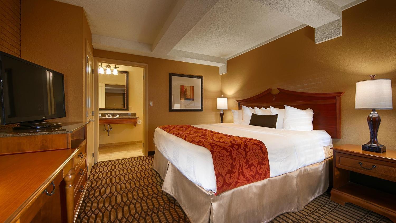 Best Western Hotel On Bay Street In Savannah Ga