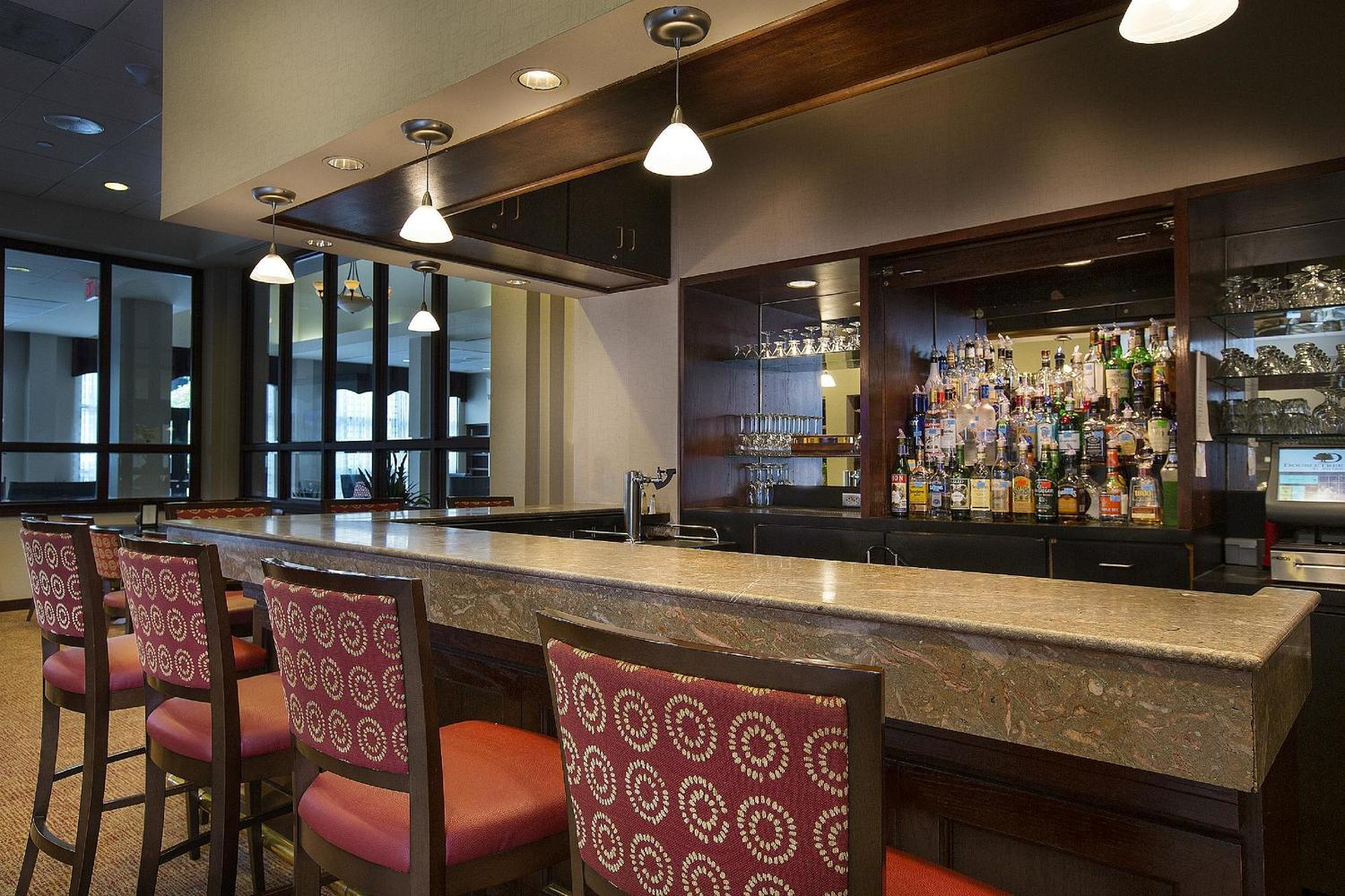 Restaurant Server Bartender At Doubletree By Hilton Hotel