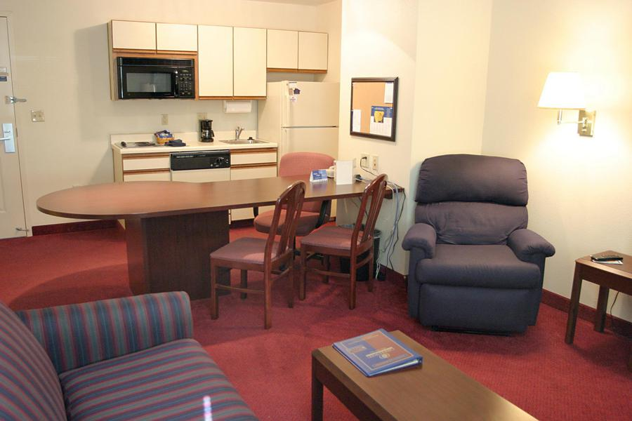 Candlewood Suites Oklahoma City Hotel - room photo 8866297