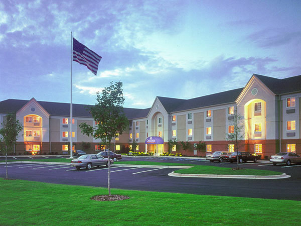 candlewood suites st louis earth city mo jobs hospitality online. Black Bedroom Furniture Sets. Home Design Ideas