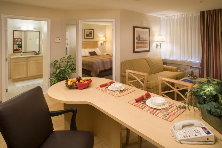 candlewood suites st louis earth city mo jobs. Black Bedroom Furniture Sets. Home Design Ideas