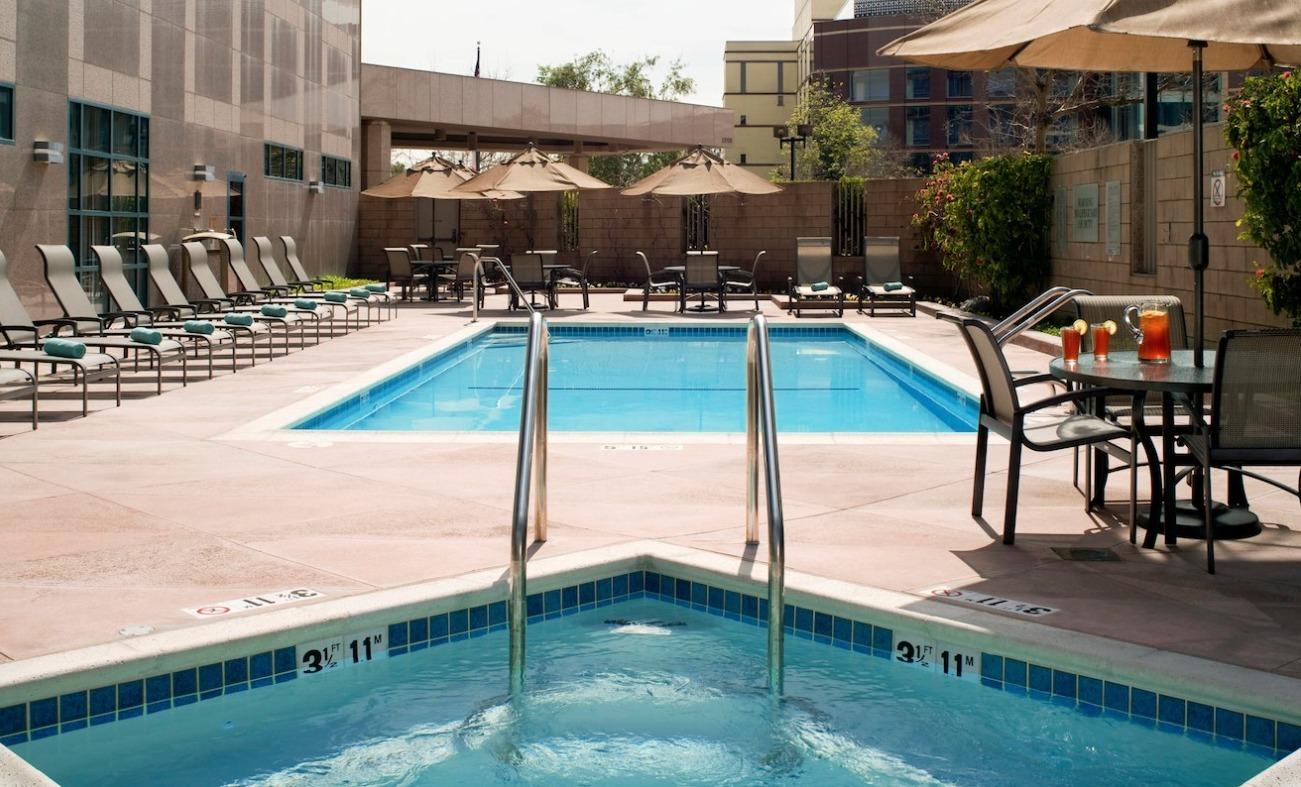 Closest casino to cerritos california