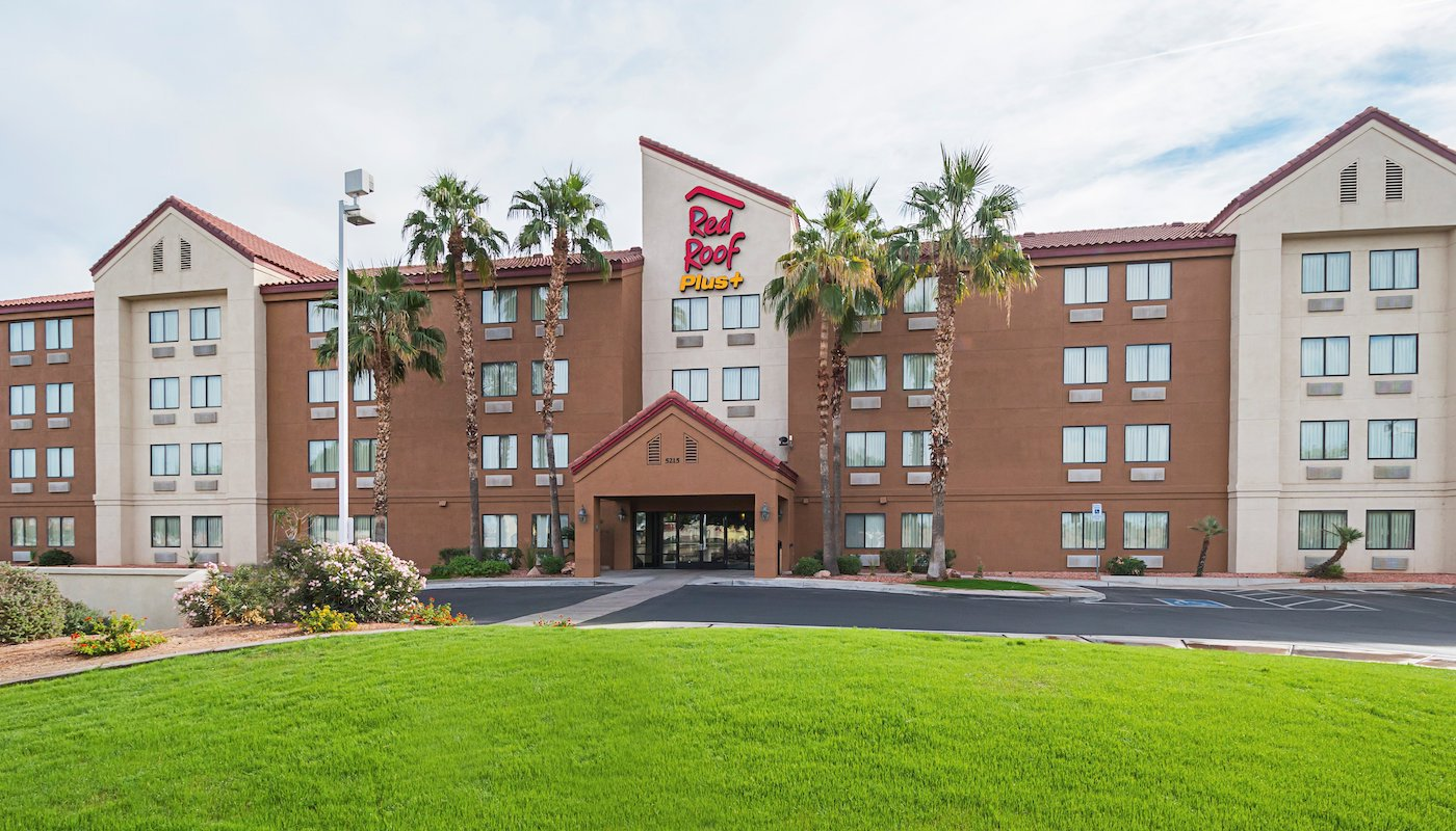 Nov 23,  · Now $77 (Was $̶1̶2̶6̶) on TripAdvisor: Holiday Inn Hotel & Suites Phoenix Airport, Phoenix. See traveler reviews, candid photos, and great deals for Holiday Inn Hotel & Suites Phoenix Airport, ranked #34 of hotels in Phoenix and rated 4 of 5 at burrfalkwhitetdate.ml: +1