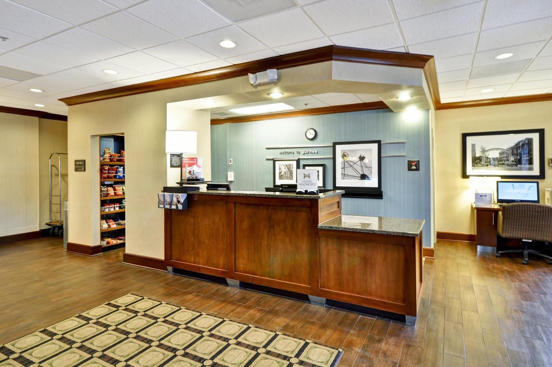 Hampton Inn Chicago/Gurnee, Gurnee, IL Jobs | Hospitality Online