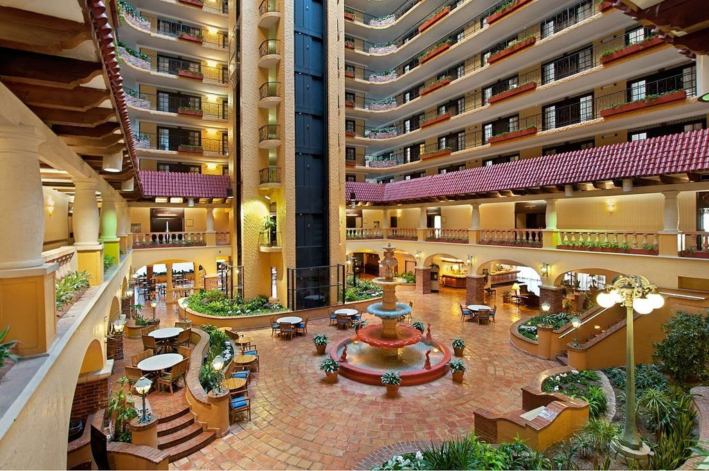 Embassy Suites By Hilton Kansas City Plaza Kansas City Mo