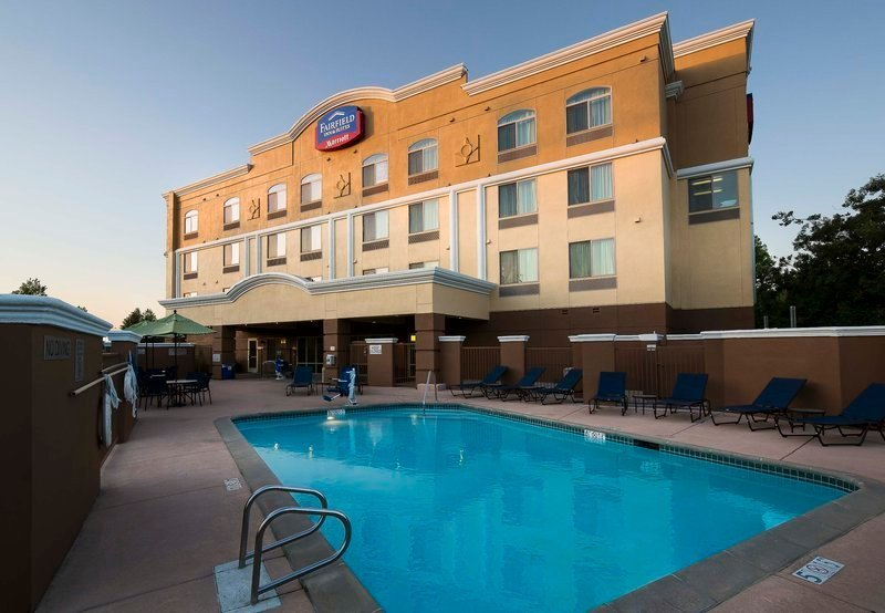 Fairfield Inn Amp Suites Rancho Cordova Rancho Cordova Ca