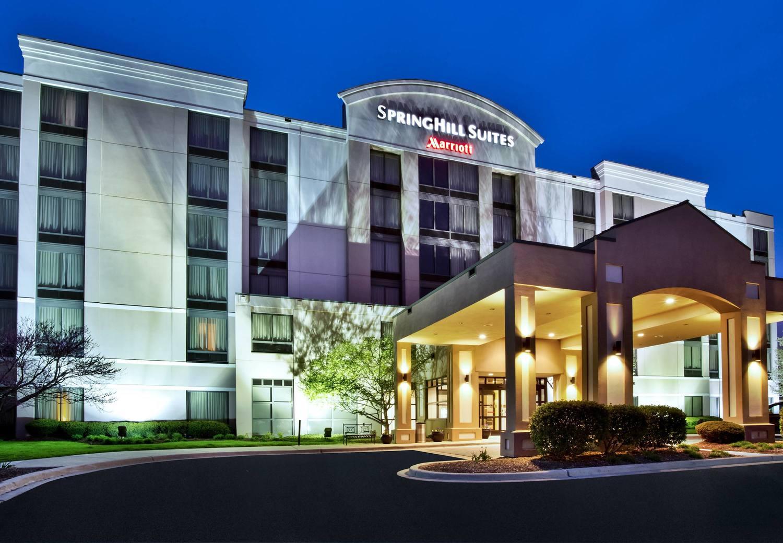 SpringHill Suites Chicago Southwest at Burr Ridge/Hinsdale & Driver Job | SpringHill Suites Chicago Southwest at Burr Ridge ...