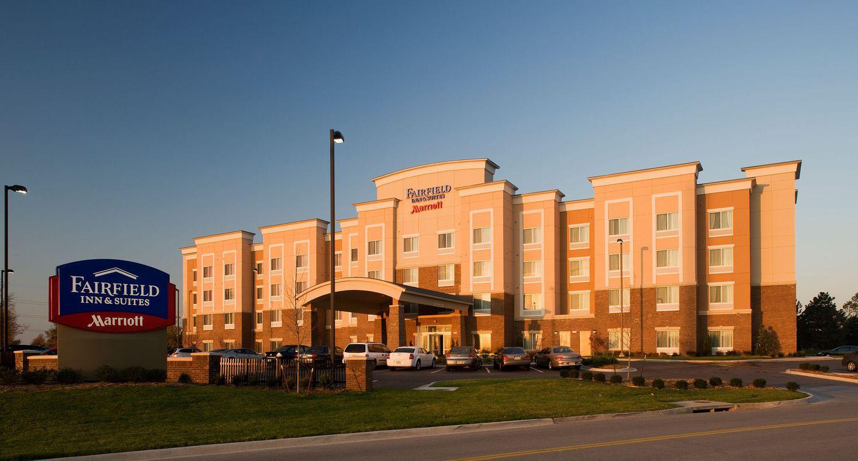 Fairfield Inn Amp Suites Kansas City Overland Park Overland