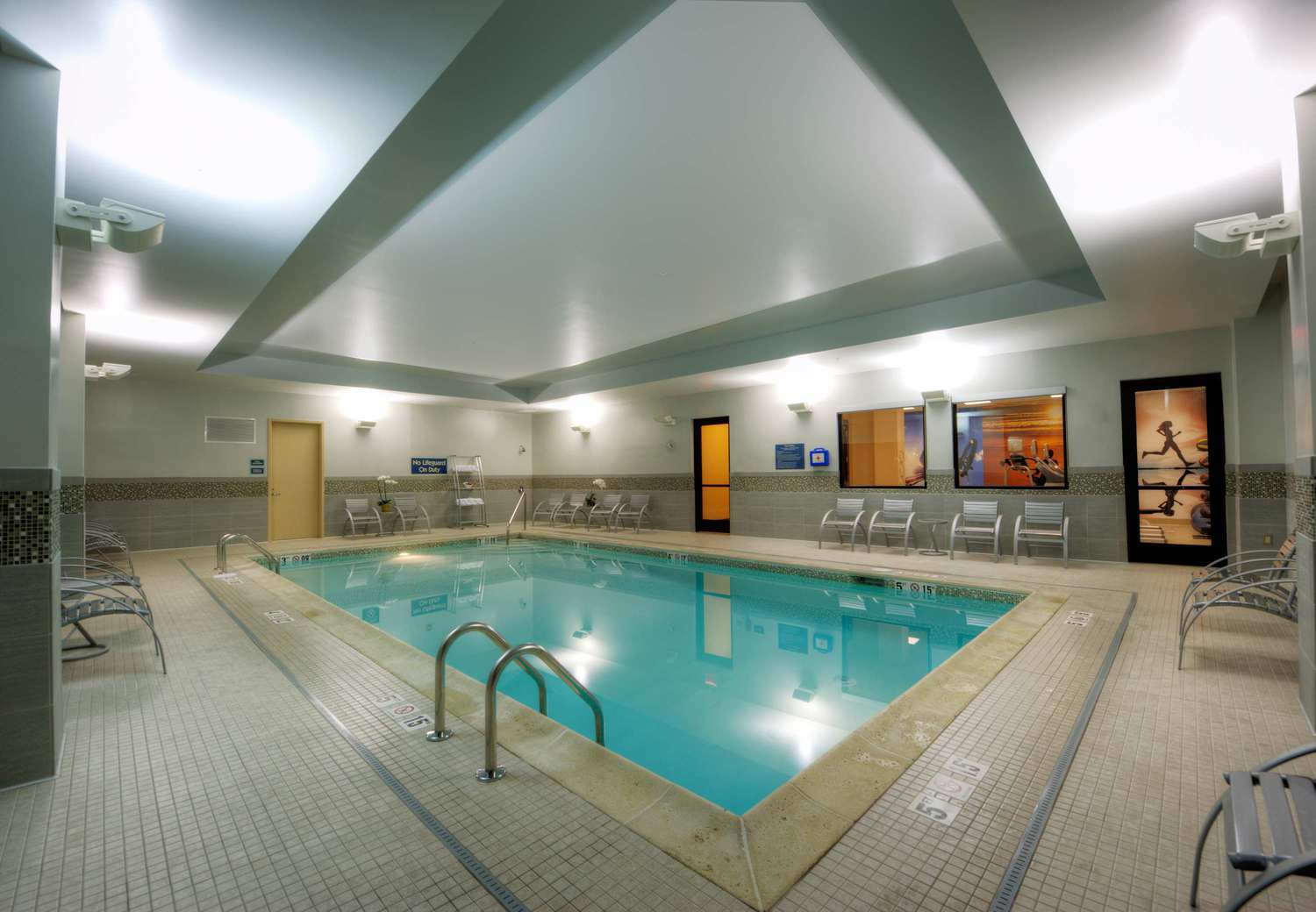 Residence inn portsmouth downtown waterfront portsmouth nh jobs hospitality online for Hotels in portsmouth with swimming pool