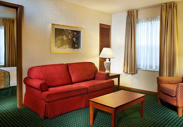 Towneplace suites richmond glen allen va jobs hospitality online for 2 bedroom hotel suites in richmond va
