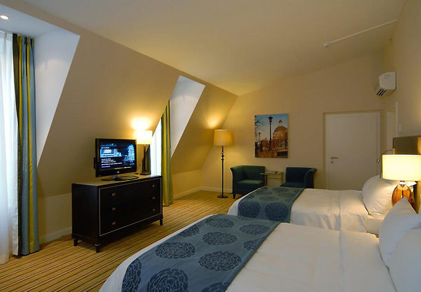 Hotel in idaho - 3 5