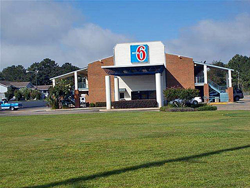 University Of South Alabama Jobs >> Motel 6 Dothan AL, Dothan, AL Jobs | Hospitality Online