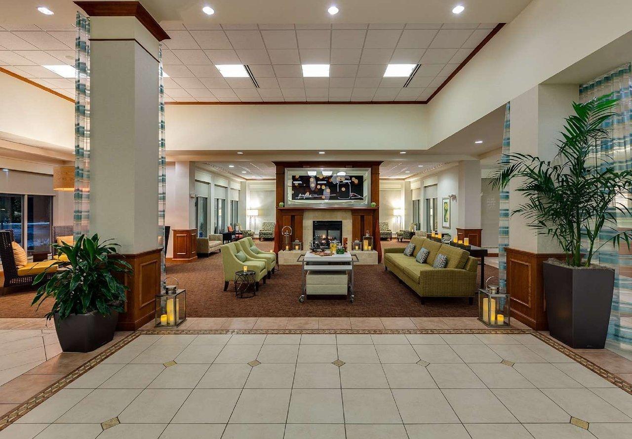 Hilton Garden Inn Lake Forest Mettawa, Lake Forest, IL Jobs ...