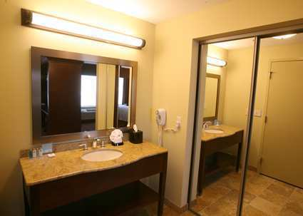 Hampton Inn Suites Fargo Fargo Nd Jobs Hospitality Online