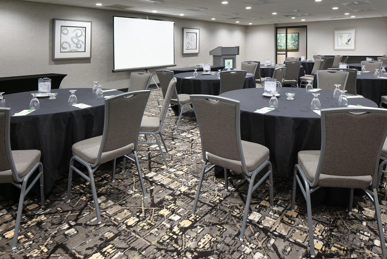 Holiday Inn Hotel Amp Suites Des Moines Northwest Urbandale