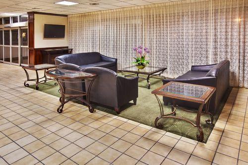 holiday inn des moines airport conference center des moines ia