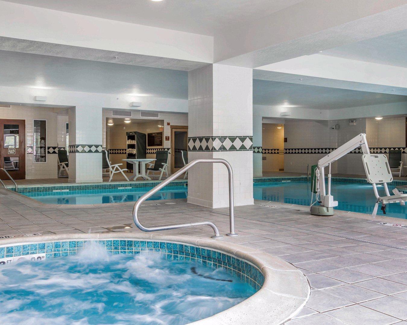 Comfort Inn Amp Suites Near Burke Mountain St Johnsbury
