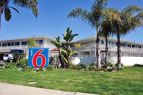 Motel 6 Santa Barbara Beach 336250 L
