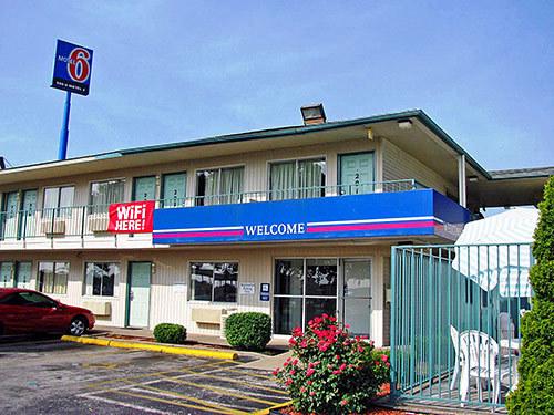Motel 6 Bowling Green Ky