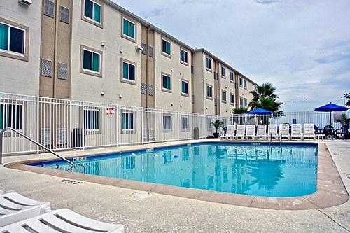 Motel 6 Biloxi Beach Biloxi Ms Jobs Hospitality Online