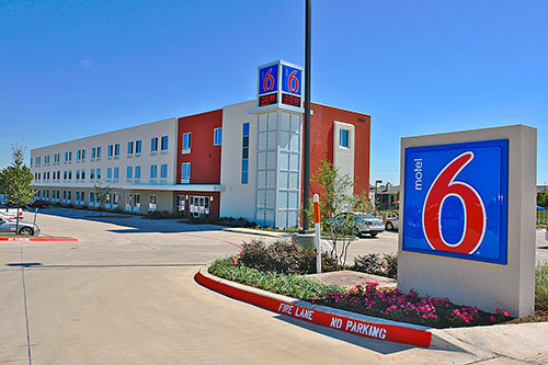 motel 6 ft worth northlake speedway roanoke tx jobs
