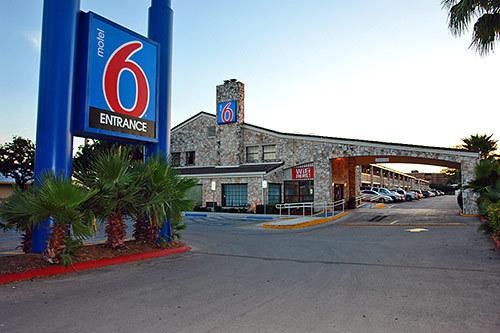 Motel6 San Antonio I-10 West Exterior Image